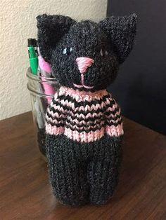 Animal Comfort Dolls pattern by P. Olson Animal Comfort Dolls by P. Knitted Doll Patterns, Loom Knitting Patterns, Knitted Dolls, Crochet Dolls, Knitting Projects, Crochet Cats, Crochet Birds, Crochet Food, Crochet Patterns