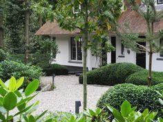Volwassen bostuin bij luxe villa in Leersum - Van Jaarsveld Tuinen