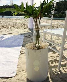 www.goldcoastweddingeventhire.com, Gold Coast Wedding Ceremony, Rustic log pillar, stool, vintage beach wedding garden wedding bohemian wedding, Gold Coast Wedding Hire Homepage, Brisbane Wedding, Byron Bay Wedding