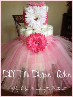 DIY: Tutu Diaper Cake Next baby girl shower im doing this! Deco Baby Shower, Shower Bebe, Baby Shower Diapers, Girl Shower, Baby Shower Games, Baby Shower Parties, Diaper Shower, Shower Party, Diy Tutu