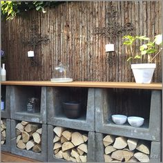 beton u element Patio Storage, Firewood Storage, Alpine Plants, Garden Types, Exterior, Aquatic Plants, Terrace Garden, Barbacoa, Backyard Landscaping
