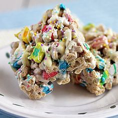 Lucky Charms Treats - I love cereal bars