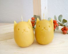 kitty egg beeswax candles...
