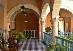 Muy cerca de las Plazas de Armas y de la Catedral, renace la antigua mansión de los Marqueses de Prado Ameno. #habana #cuba #hotel