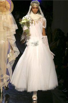Robe de mariée Jean-Paul Gaultier Worst Wedding Dress, Bridal Wedding Dresses, Jean Paul Gaultier, The Style Council, Vintage Couture, Wedding Art, Fashion Art, Fashion Design, Sexy Dresses