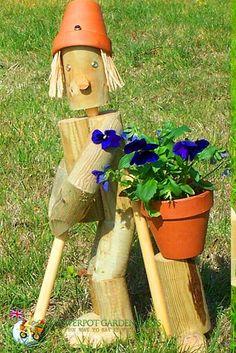 Flowerpot Men Garden Ornaments - Golfer