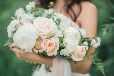 Peony and rose bridal bouquet | Kovchegin and Romanova Photography | see more on: http://burnettsboards.com/2015/11/romantic-portrait-session/