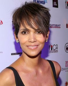 Halle Berry - Ageless beauty: Celebrity edition - Elle Canada