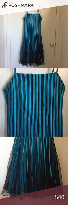 Anny Lee Dress Turquoise and Black layered formal dress. Excellent condition! XS but runs bigger. Feels like a small. Dresses Midi