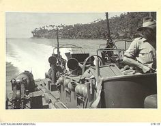 BAM ISLAND, NEW GUINEA. 1944-06-19. A UNITED STATES NAVY TORPEDO BOAT CARRYING A PATROL FROM THE 24TH INFANTRY BATTALION LEAVING THE ISLAND AFTER INVESTIGATING RUMOURS OF A JAPANESE RADIO STATION ...