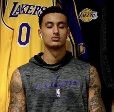 Nba Players, Basketball Players, Black Men Tattoos, Dark Haired Men, Lakers Vs, Kyle Kuzma, Great Team, Los Angeles Lakers, Celebrity
