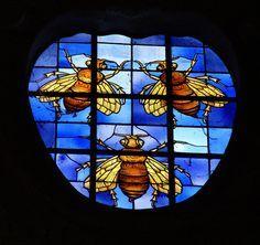 Stainglassed window featured Barberini bees of Pope Urban VIII