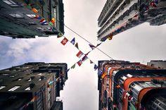 consegue adivinhar onde é?  a arquitetura de Hong Kong vista por baixo: http://www.bimbon.com.br/arquitetura/hong_kong_vista_de_baixo