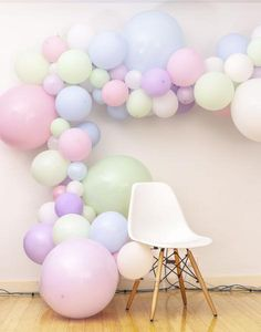 Achieve a sophisticated look to your party with TOKYO SATURDAY party balloon garland tool pack. Buy party garland tool and create your own decoration to pop your party – Shop Now. Baloon Garland, Balloon Banner, Party Garland, Balloon Wall, Balloon Decorations, Flower Decorations, Garland Ideas, Baloon Backdrop, Balloon Frame