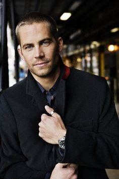 """Paul Walker - couldn't remember if this handsome guy had been added to my """"yummy"""" board yet.oh well, as if him posted more than once could be a problem hehe Paul Walker Images, Rip Paul Walker, Cody Walker, Beautiful Soul, Gorgeous Men, Pretty People, Beautiful People, Hey Good Lookin, Attractive Men"""