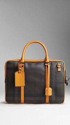 Burberry briefcase. www.designerclothingfans.com