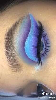Cute Eye Makeup, Bright Eye Makeup, Halloween Eye Makeup, Creative Makeup Looks, Eye Makeup Art, Colorful Eye Makeup, Dramatic Makeup, Crazy Makeup, Skin Makeup
