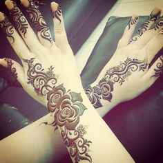 10 Stunning Rose Mehndi Designs for all occasions Arabic Bridal Mehndi Designs, Rose Mehndi Designs, Unique Mehndi Designs, Mehndi Design Photos, Henna Designs Easy, Beautiful Henna Designs, Latest Mehndi Designs, Mehndi Designs For Hands, Bridal Henna