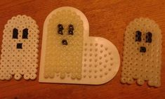 Little ghost iron beads – # Little ghost # iron-on beads – Famous Last Words Quilting Beads Patterns Theme Halloween, Halloween Beads, Halloween Crafts For Kids, Diy Halloween Decorations, Halloween Diy, Melty Bead Patterns, Pearler Bead Patterns, Beading Patterns, Diy Perler Beads