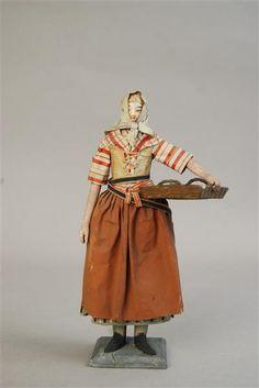 Papierfigur eines Dienstmädchens Deutschland, um 1800 Museum für Sächsische Volkskunst