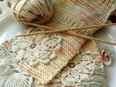 Love these little doilies~knitting.