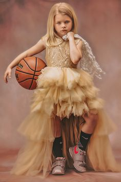 Portrait photographer shoots photo series showing girls that it's okay to be both athletic and girly to encourage them to be whoever they want to be. Sport Outfits, Casual Outfits, Dress Casual, Princess Photo, Photo Series, The Girl Who, Sport Girl, Sport Fashion, Girly Girl