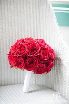Statement Clutch - Redder Than Red Roses by VIDA VIDA FlUxj6X