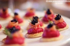 Blinis with beetroot cream and smoked salmon Smoked Salmon, Beetroot, My Recipes, Waffles, Cheesecake, Cream, Cooking, Breakfast, Sweet