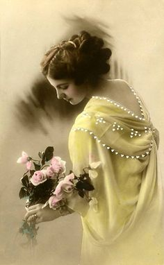 I love pictures of Victorian girls;  they look so sweet & innocent...