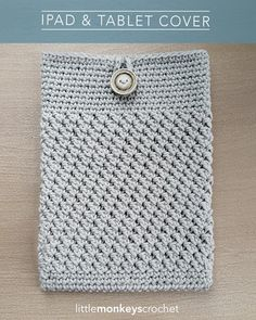 Mobile Device Cover - want this! It's an easy crochet pattern for iPads and tablets!