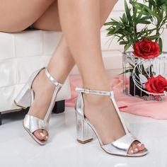 Sandale Tusely argintii cu toc gros Platform, Beautiful, Shoes, Fashion, Heels, Zapatos, Sandals, Shoe, Moda