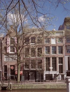 Anne Frank Museum- Another off the Bucket List