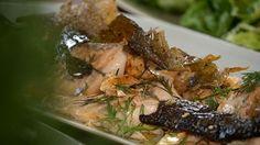 Filé de salmão com uma pele crocante como você nunca viu: usa só cinco ingredientes - Receitas - GNT