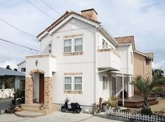 南欧風の家の外観の画像集(サイディング スペイン 瓦 黄色 注文住宅 - NAVER まとめ