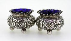 Online veilinghuis Catawiki: Silver salt and pepper holders with blue liner glass, Richard Richardson, Sheffield 1892