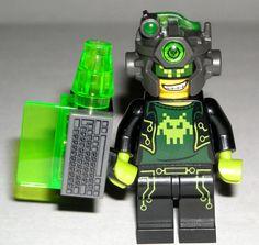 LEGO Ultra Agents TERABYTE Minifigure Minifig Computer Blaster 70165 #LEGO