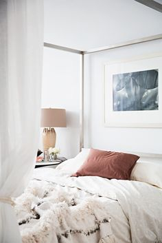 5 Ways To Make Your Bedroom So Cozy You'll Oversleep