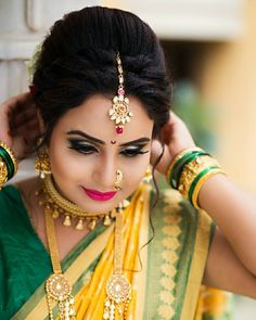 Image may contain: 1 person, closeup Indian Party Hairstyles, Saree Hairstyles, Wedding Hairstyles For Long Hair, Bride Hairstyles, Indian Bridal Makeup, Indian Bridal Fashion, Marathi Bride, Wedding Function, Saree Wedding