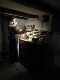 Witches House Witch House, Apothecary, Museums, Witchcraft, Witches, Weird, Bruges, Witch Craft, Pharmacy