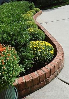 traditional brick garden edging ideas