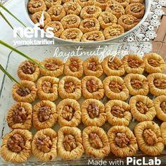 Nefis Bülbül Yuvası Tatlısı - Nefis Yemek Tarifleri Cake Recipes, Dessert Recipes, Desserts, Cake Recipe Using Buttermilk, Greek Pastries, Yummy Food, Ethnic Recipes, Tailgate Desserts, Deserts