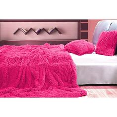 Chlupatá přikrývka a deka růžové barvy na postel - dumdekorace.cz