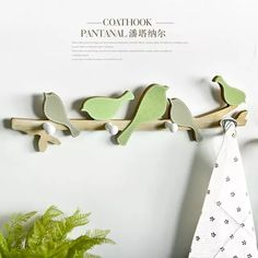 Pastoral Style Wooden Green Singing Bird Wall Hanger Creative Wall Hook Home Decoration Bird Hook Wall Decor - UrbanLifeShop Clothes Hanger Hooks, Coat Hanger, Wall Hanger, Wall Hooks, Coat Racks, Hanger Rack, Door Hangers, Wall Decor Pictures, Hanging Pictures