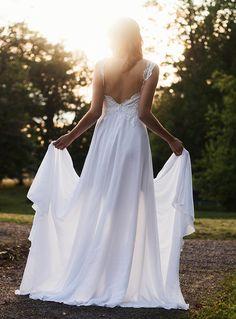 Backless wedding dress- Beach wedding dress - lace wedding dress - bohemian wedding dress from Batel Boutique Boho Wedding Dress Backless, Elegant Wedding Gowns, Couture Wedding Gowns, Wedding Dress Chiffon, Affordable Wedding Dresses, Classic Wedding Dress, Modest Wedding Dresses, Unique Weddings, Dress Lace