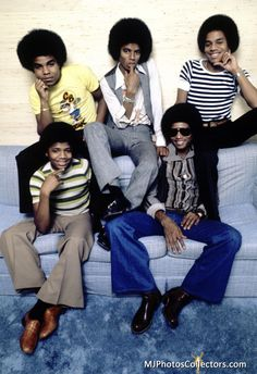 Marlon Jackson, Michael Jackson, Jackie Jackson and Randy Jackson (The Jacksons' In-Store Album Promotion) 1978 Freeway Records / Los Angeles Michael Jackson, Tito Jackson, Jackie Jackson, Jermaine Jackson, The Jackson Five, Jackson Family, Randy Jackson, 2017 Fall Fashion Trends, Musica