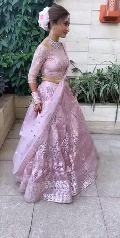 Pink Lehenga, Lehenga Choli, Dance Floor Wedding, Bridal Blouse Designs, Stylish Girl Images, Bollywood Songs, Heartfelt Quotes, Girls Image, Girls Dream