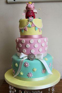 Peppa 3 tier cake