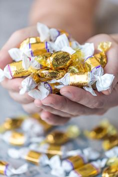 werthers original caramels to celebrate National Caramel Day Real Food Recipes, Yummy Food, Japanese Cheesecake, Light Recipes, Cheesecake Recipes, Healthy Desserts, Fresh Fruit, Italian Recipes, Food To Make