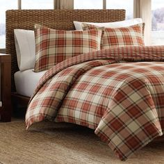The Edgewood red duvet cover set by Eddie Bauer will bring a touch of contemporary style to your bedroom. The red and white check plaid pattern is a popular yet fashionable design. This duvet cover se Plaid Comforter, King Comforter Sets, Duvet Bedding, Duvet Sets, Duvet Cover Sets, Eddie Bauer, Pottery Barn, Flannel Duvet Cover, Ikea