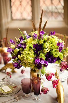 Colors Look Great Together Feathers Add Unexpected Flair Modern Wedding Flowers Purple